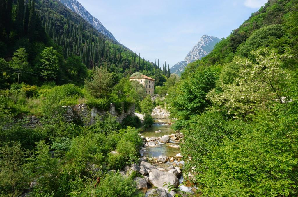 A day in the Valle delle Cartiere