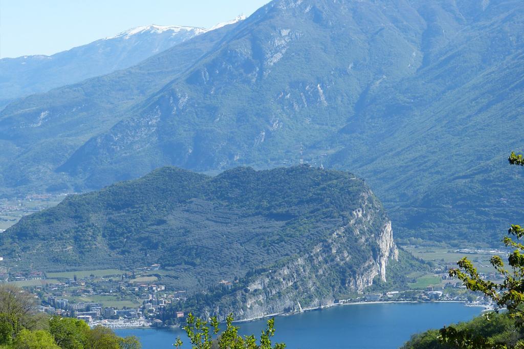 bsatte-tempesta-residence-ca-del-lago-di-garda1