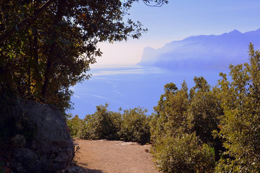 bsatte-tempesta-residence-ca-del-lago-di-garda3