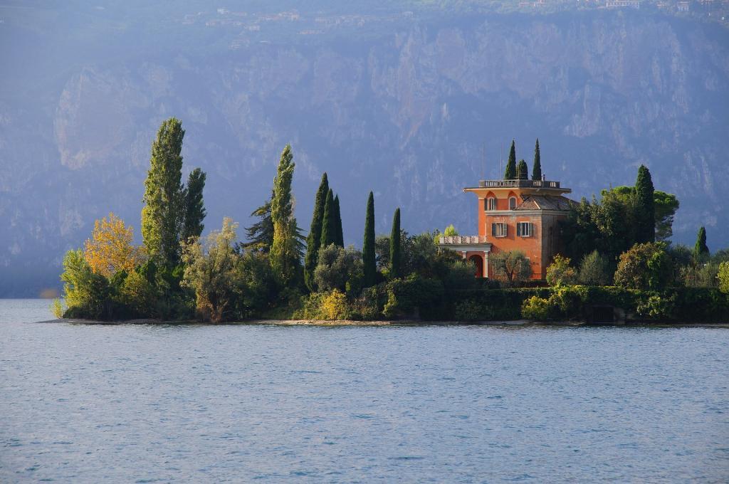 Isola del Garda escursione in barca sul lago di Garda residence Ca del Lagogarda-469500 1920