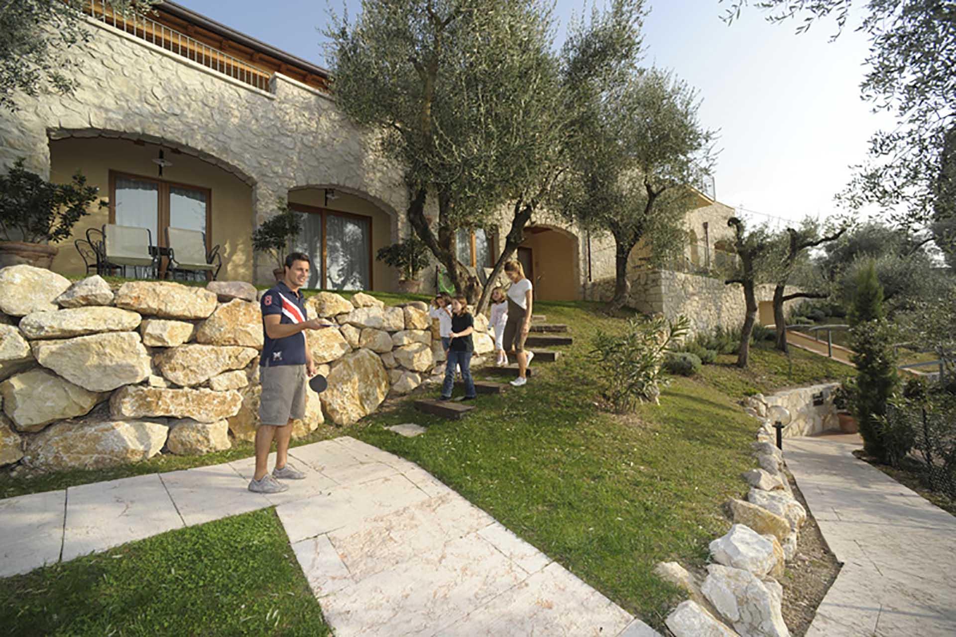 Residence Ca' del Lago. Torri del Benaco, Lago di Garda, giardino