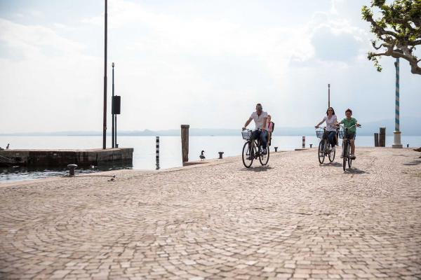Lake Garda by E-bike! <b>An active holiday, effortless</b>