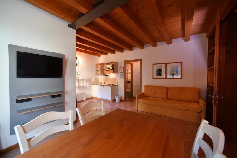 Residence Ca del Lago Appartamenti sul lago di Garda Torri del Benaco fototonina2019 4