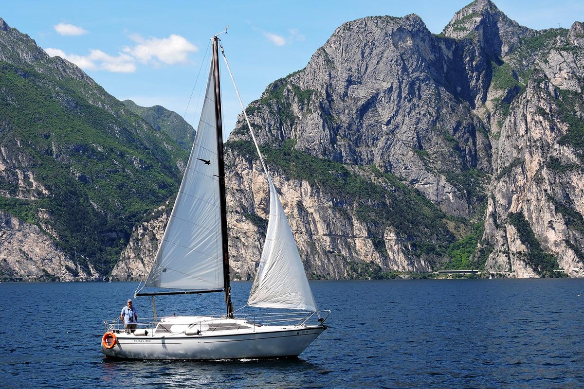 vela-sul-lago-di-garda.jpg
